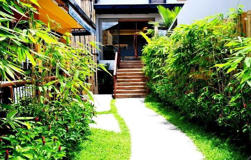 BAMBOO_HOUSE3