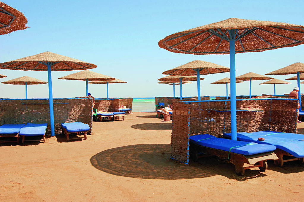 HILTON_HURGHADA_LONG_Beach6